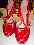 Click here to enlarge image and see more about item sl1001: 1940's Red Leather Open toe Platform shoes