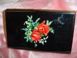 Click here to enlarge image and see more about item wsab001: Black with Red Roses Cigarette Case