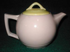 McCoy Teapot (Image1)