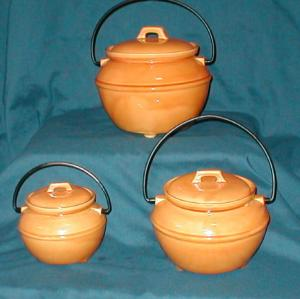 3 Piece  California Bean Pot Canister Set (Image1)