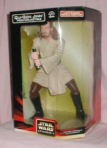 Qui-gon Jinn Mega Collectible Figure