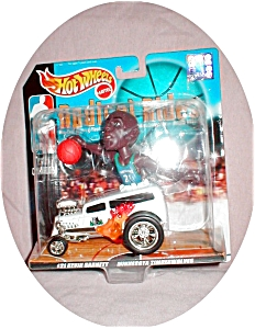 Kevin Garnett Hot Wheels Radical Rides (Image1)