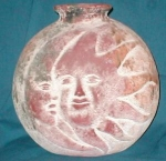Click here to enlarge image and see more about item POCS252: Sun & the Moon Vase