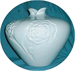 Click here to enlarge image and see more about item POCS548: Haeger Flower Embossed Vase