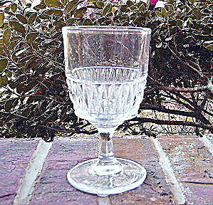 Beaded Dart Band Goblet (Image1)