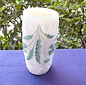 Delaware Opaque Ivory Vase (Image1)