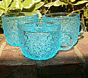 Daisy And Button Blue Punch Cups - Ca 1885