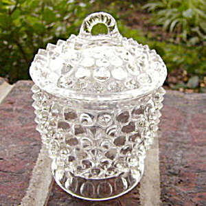 Hobnail with Thumbprint Band Toy Covered Sugar	 (Image1)