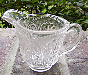 Stippled Vine and Beads Toy Creamer (Image1)