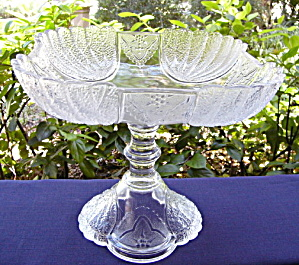 Shell and Tassel Large Square Compote (Image1)