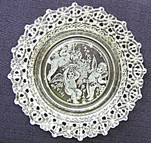 Angels/Cupids Lacy Edge Plate (Image1)