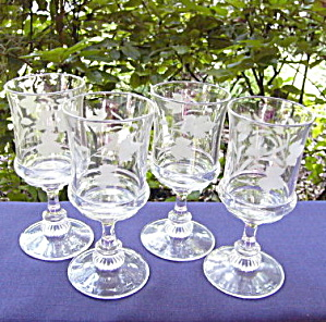 Elmino Etched Goblets (set of 4) (Image1)