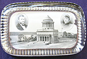 Grant's Tomb Paperweight (Image1)