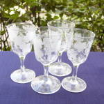 Click to view larger image of Flint Etched Grape Wines (set of 4) (Image1)