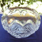 Click here to enlarge image and see more about item 6440: Tarentum Heart with Thumborint Rose Bowl