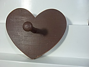 Heart Shaped Wooden Peg Hook