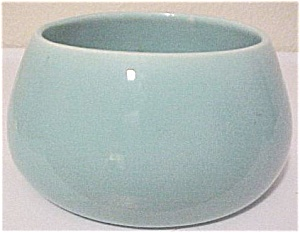 GARDEN CITY POTTERY WHEEL THROWN LT GREEN ART BOWL! (Image1)