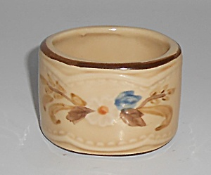 FRANCISCAN POTTERY BOUQUET SET/4 NAPKIN RINGS! (Image1)