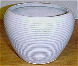 ZANESVILLE STONEWARE POTTERY WHITE RING VASE! (Image1)