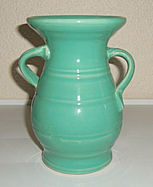 BAUER POTTERY MATT CARLTON JADE 8 HANDS ON HIPS VASE! (Image1)