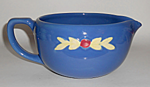 COORS POTTERY ROSEBUD BLUE MEDIUM HANDLED BATTER BOWL! (Image1)