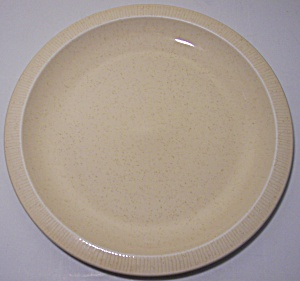 FRANCISCAN POTTERY SCULPTURES PRIMARY SAND LUNCH PLATE! (Image1)