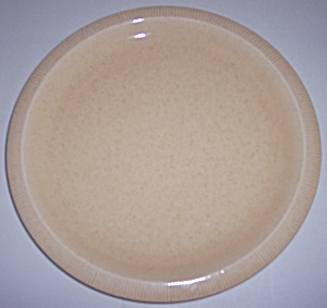 FRANCISCAN POTTERY SCULPTURES SAND PRIMARY DINNER PLATE (Image1)