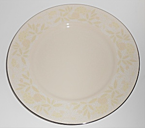 FRANCISCAN POTTERY FINE CHINA CRINOLINE DINNER PLATE! (Image1)