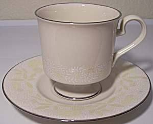 Franciscan Pottery Fine China Crinoline Cup/saucer Set