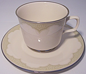 FRANCISCAN POTTERY FINE CHINA CASTILE CUP/SAUCER SET! (Image1)