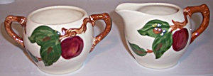 FRANCISCAN POTTERY APPLE IND CREAMER/SUGAR BOWL SET! (Image1)