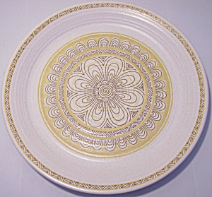 FRANCISCAN POTTERY HACIENDA GOLD DINNER PLATE! (Image1)