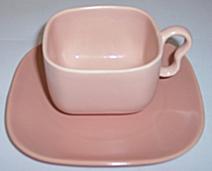 Franciscan Pottery Metropolitan Coral Cup/saucer