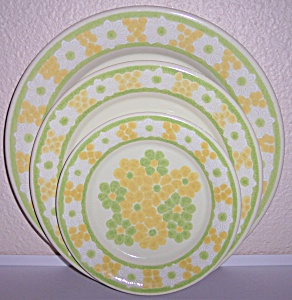 Franciscan Pottery Picnic Salad Plate Mint