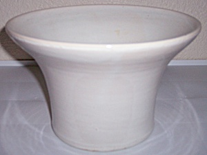 BAUER POTTERY MATT CARLTON VERY RARE WHITE FLARED VASE! (Image1)