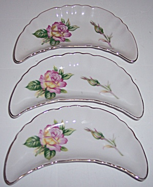 PORCELAIN JAPAN SET/3 FLORAL W/GOLD BONE PLATES! (Image1)