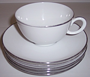 FRANCISCAN PORCELAIN CHINA CORTINA CUP/5 SAUCERS! (Image1)