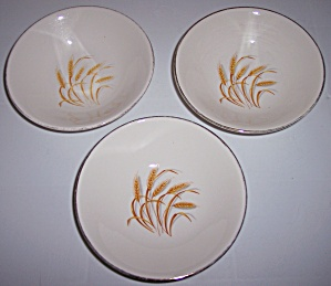 HOMER LAUGHLIN COMPANY GOLDEN WHEAT SET/3 FRUIT BOWLS! (Image1)