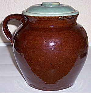 ZANESVILLE STONEWARE POTTERY COUNTRY FARE BEAN POT! (Image1)