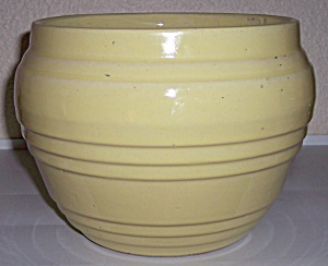 "PACIFIC POTTERY BANDED YELLOW 8"" JARDINIERE! (Image1)"
