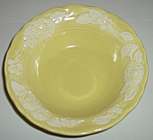 METLOX POTTERY POPPY TRAIL FLORA LACE FRUIT BOWL! (Image1)