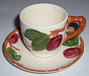 FRANCISCAN POTTERY APPLE U.S.A. DEMI CUP & SAUCER SET! (Image1)