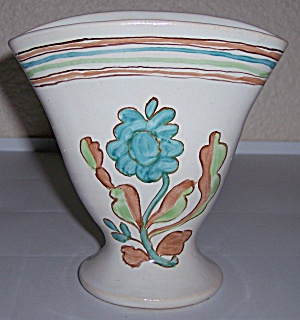 BAUER POTTERY MATT CARLTON WHITE DECORATED VASE! (Image1)