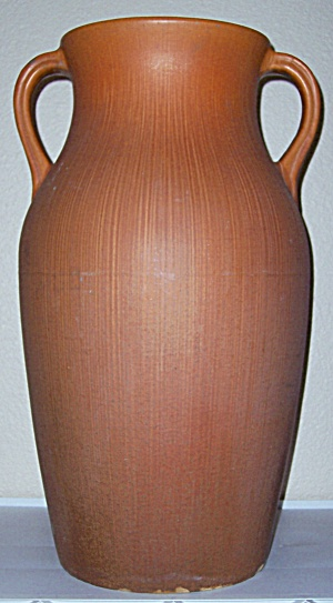PFALTZGRAFF ART POTTERY 24 ORANGE #143 FLOOR VASE! (Image1)