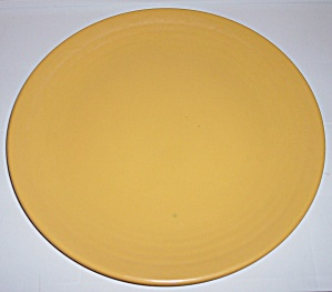 BAUER POTTERY RING WARE YELLOW CHOP PLATE! (Image1)