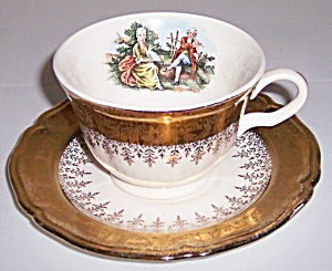 KNOWLES CHINA GOLD FILIGREE SCALLOPED RIM CUP/SAUCER! (Image1)