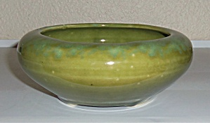 BRUSH McCOY POTTERY GREEN #01 ART BOWL! (Image1)