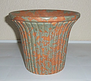 Burley Winter Pottery Ribbed Flower Pot