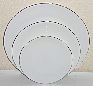 Thomas China Platinum Band Bread Plate! (Image1)