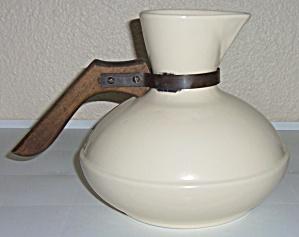 Catalina Island Pottery Ivory Squat Handled Carafe! (Image1)